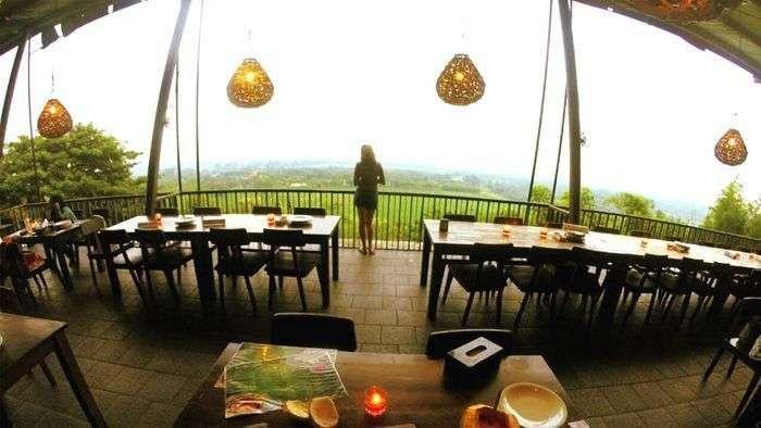Tempat Nongkrong dan Wisata Malam di Cirebon yang Wajib Dikunjungi